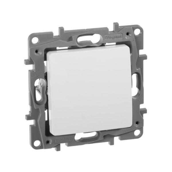 Переключатель одноклавишный - Etika - 10 AX - 250 В~ - белый 1